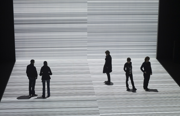 RYOJI IKEDA <i>the transfinite</i><br />May 20 – June 11, 2011 <br>Photo by Marc Domage/Courtesy of Théâtre de Gennevilliers