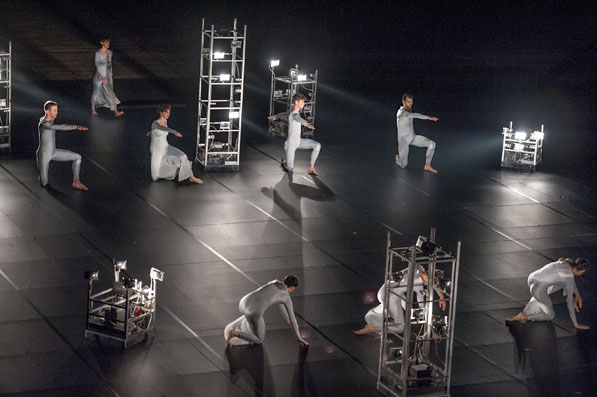 Photo Gallery Trisha Brown Dance Company Astral